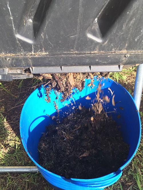 compost-tumbler-to-flexi-tab02